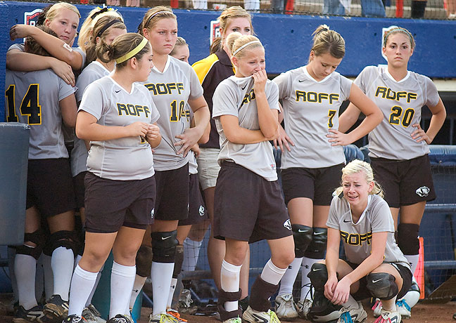 The Roff Lady Tigers feel the loss of a state championship game, 2011