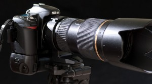 Our tools for the shoot: the Nikon D80 with a third-party battery grip, with the excellent Tamron 70-200mm f/2.8 lens.
