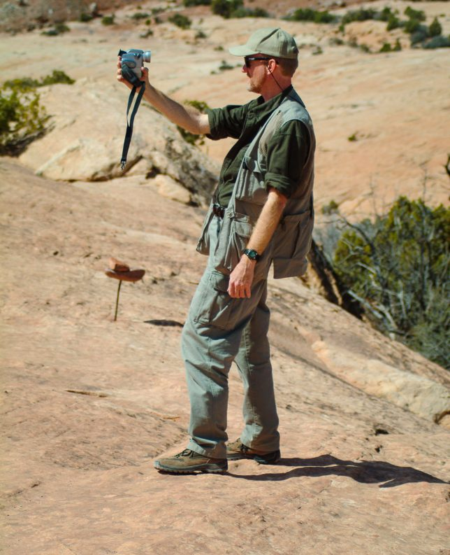 Your host makes video of himself near the Delicate Arch Viewpoint.