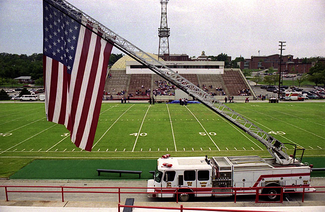 There is nothing inherently wrong with honest patriotism, but post-9/11 patriotism, as in this scene on the Friday after 9/11, echoes a sense of amnesia and complacency, which is, sadly, very likely to reoccur.