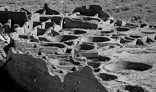 This view of Chaco's Pueblo Bonito was made from the canyon rim on the Pueblo Alto Trail.