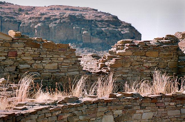 Ancient masonry walls, Chaco Canyon