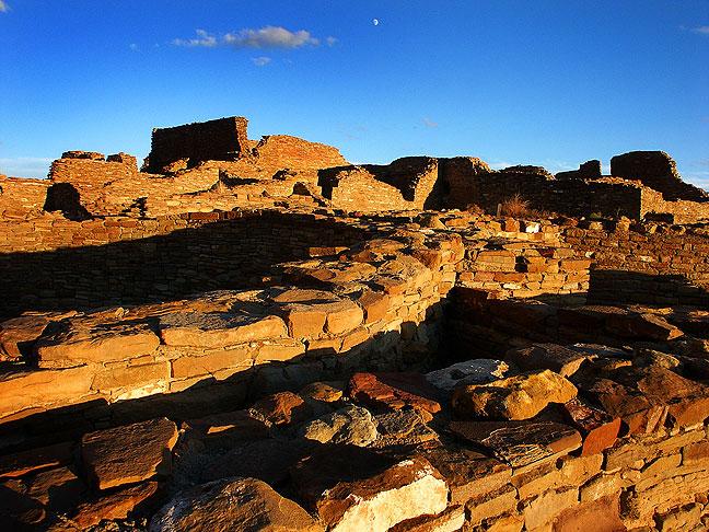 Walls and moon, sunset, Pueblo Bonito
