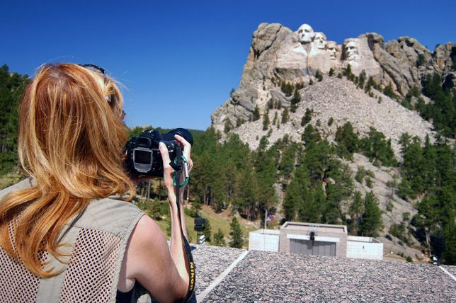 Abby photographs Mount Rushmore National Monument.