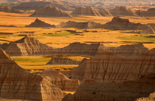 Peaks and Prairie, Badlands