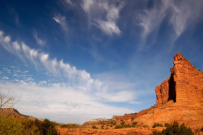 Upper Canyon and Mares Tails, Caprock.