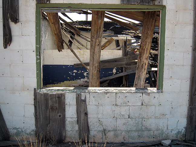 Abandoned travel area near Newkirk, New Mexico.