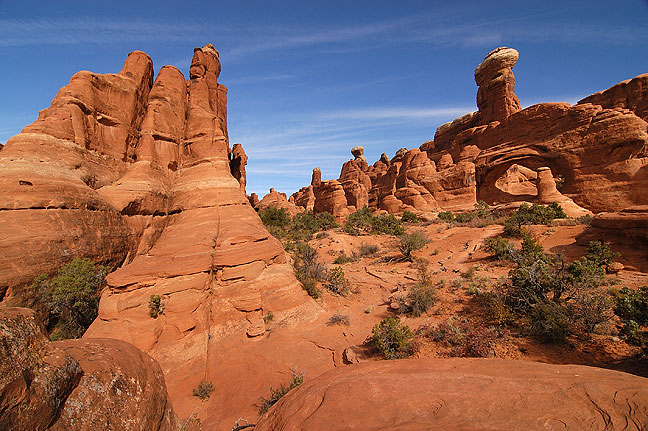 Tower Arch and surroundings, Klondike Bluffs, Arches National Park.