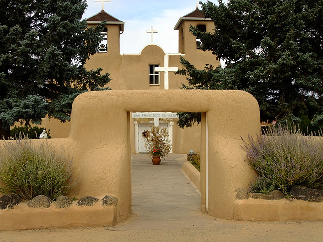 Another view of the beautiful San Francisco de Asis Church in Taos.