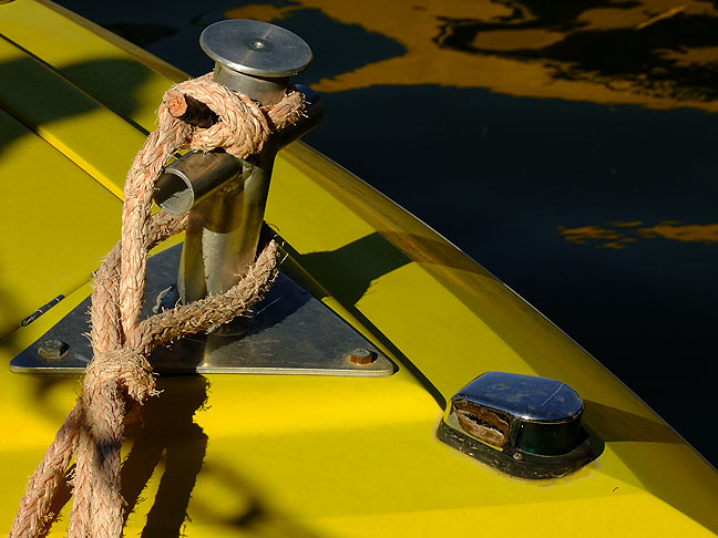 Boat and docking rope, Lake Havasu City, Arizona.