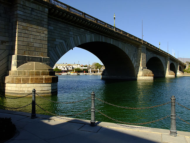 London Bridge was purchased and transported to Lake Havasu City, Arizona in 1971.