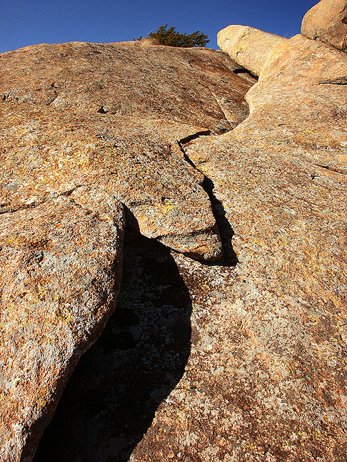 Crack in Granite Dome, Mount Lincoln, 2004.