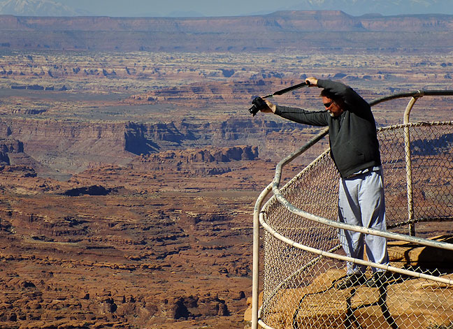 Photographers: this is how we roll. Jim photographs the Needles Overlook on Hatch Point.