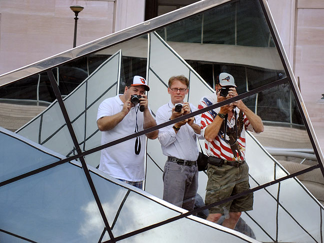 Tom, Robert and I make a self-portrait in this complex artwork mirror outside the National Gallery.