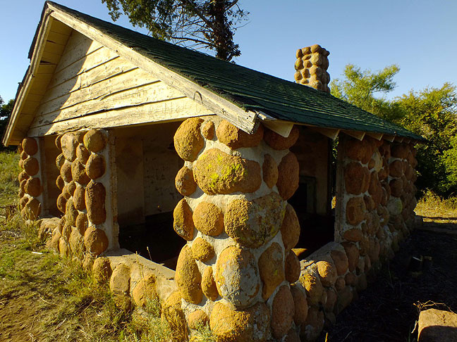 This is the unmarked stone house we stopped to photograph on the main Refuge road.