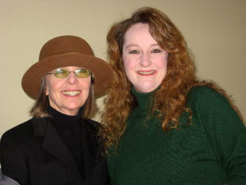Nicole poses in her house with actress Diane Keaton.
